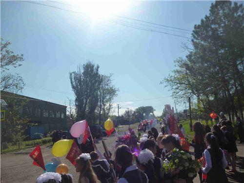 Митинг, посвящённый Дню Победы «Нам 41-й не забыть, нам 45-й вечно славить!».